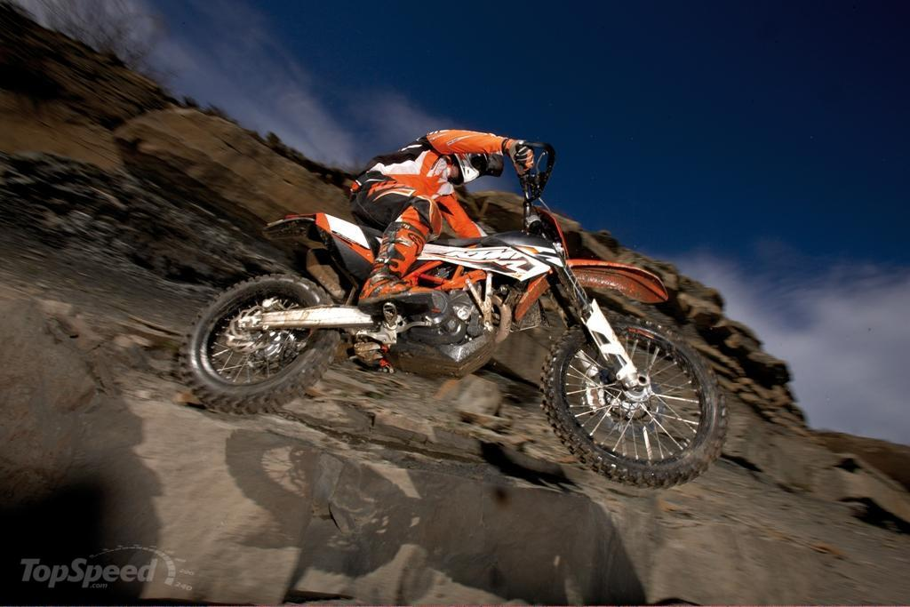2013 ktm 690 enduro r picture 493028 motorcycle review top speed. Black Bedroom Furniture Sets. Home Design Ideas
