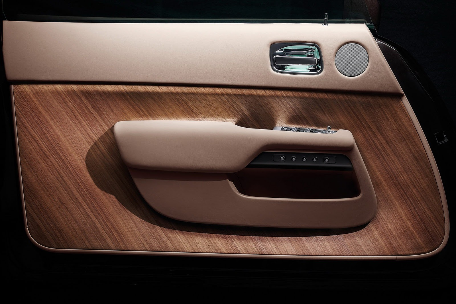 Rolls Royce Wraith S Teaser Tour With Interior Images Top Speed