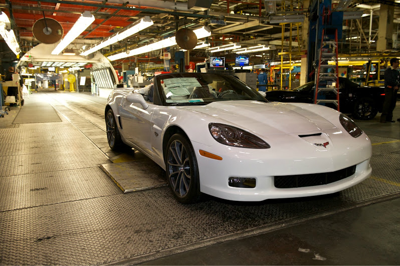 last c6 chevrolet corvette rolls off the production line news top speed. Black Bedroom Furniture Sets. Home Design Ideas