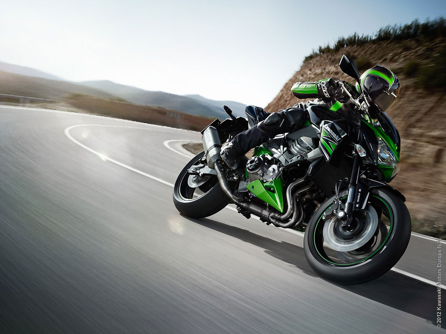 2013 Kawasaki Z800 @ Top Speed