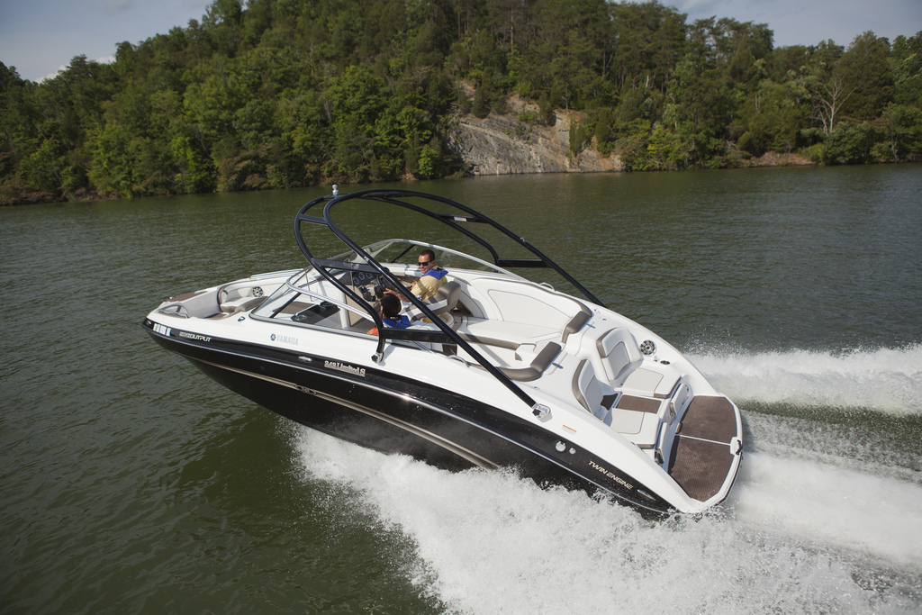 2013 yamaha 242 limited s review top speed