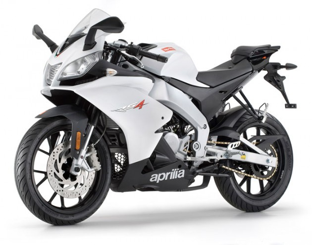 2013 aprilia rs 50 review gallery top speed. Black Bedroom Furniture Sets. Home Design Ideas