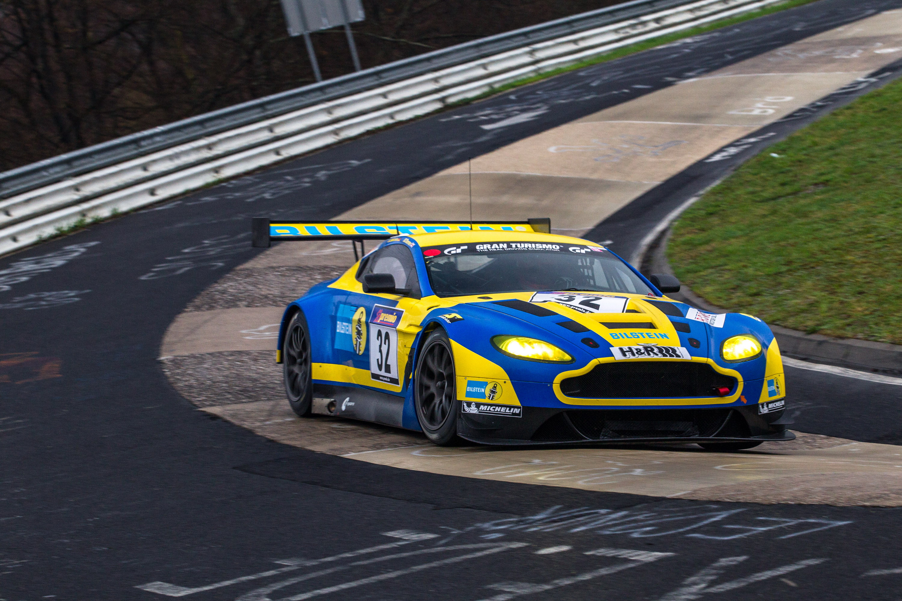 2013 Aston Martin V12 Vantage Gt3 Bilstein Top Speed