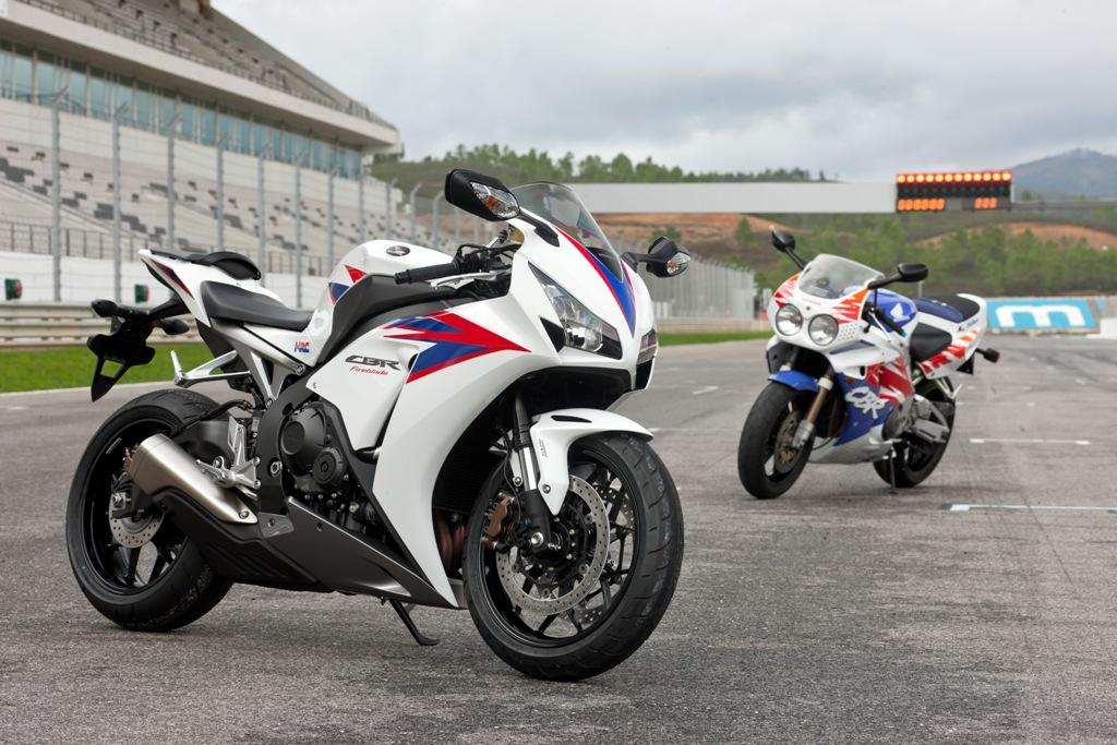 2013 Honda CBR1000RR Fireblade | Top Speed