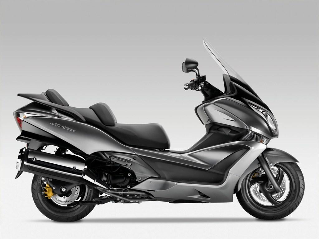 2013 honda silver wing abs review top speed. Black Bedroom Furniture Sets. Home Design Ideas