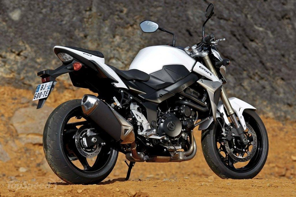 2013 suzuki gsr750 review - photo #3