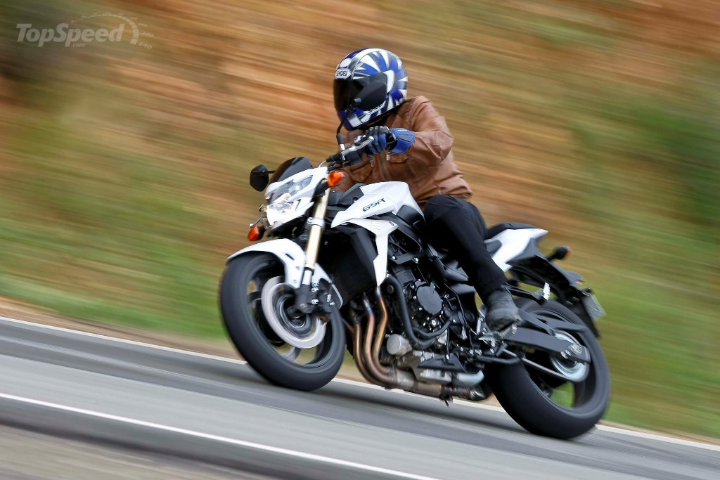 2013 suzuki gsr750 review - photo #2