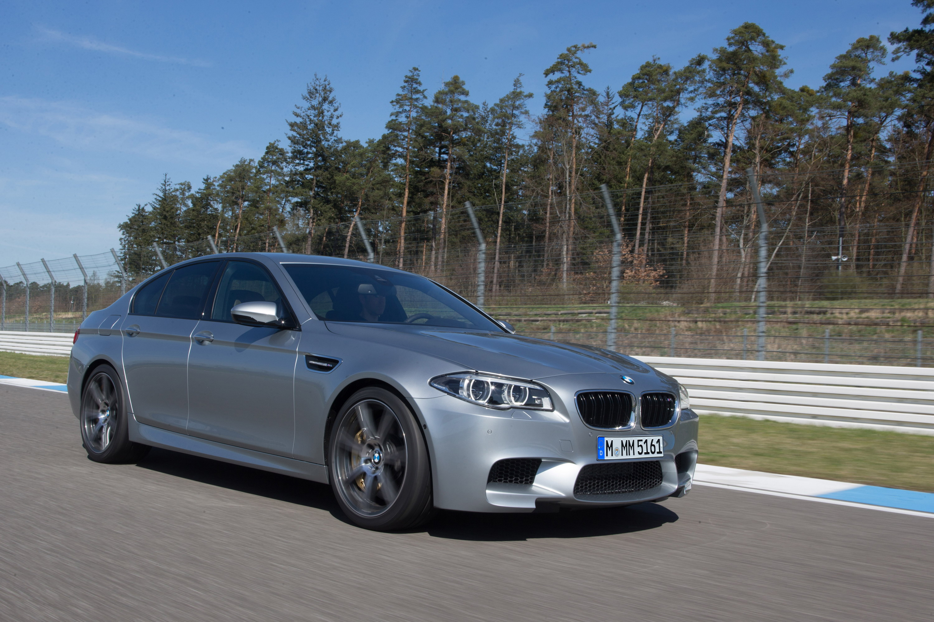 2014 bmw m5 competition package review top speed. Black Bedroom Furniture Sets. Home Design Ideas