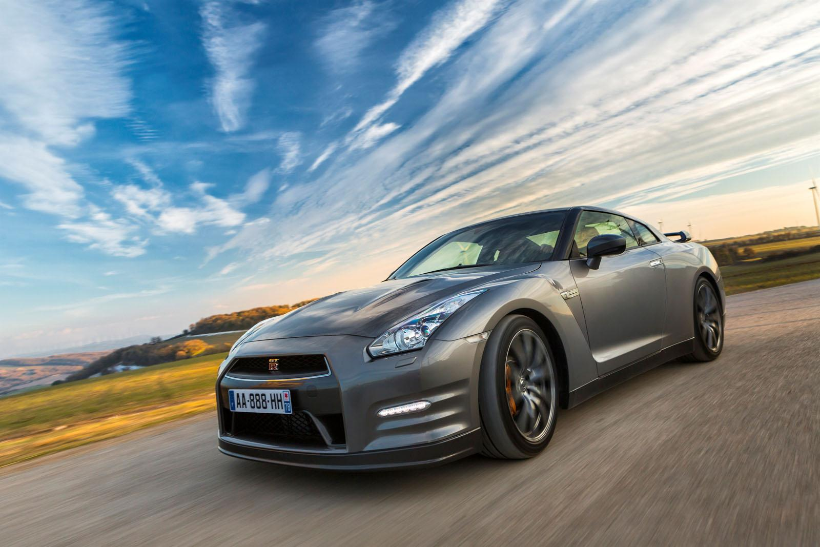 Nissan nissan gtr 2014 : 2014 Nissan GT-R Special Edition Review - Top Speed