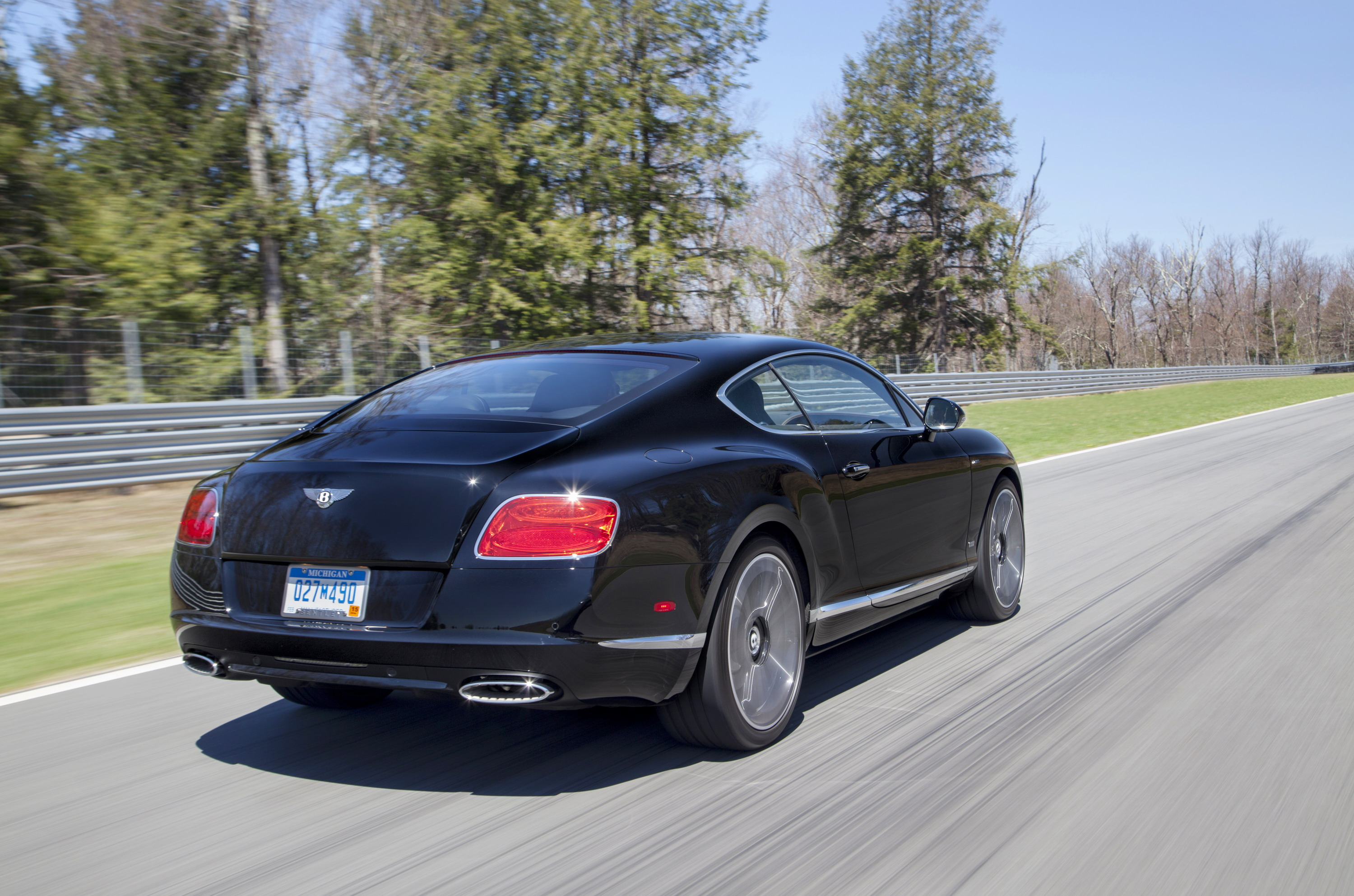 img with michigan new auto miles in for used sedan bentley cars and flying sale under spur your area com