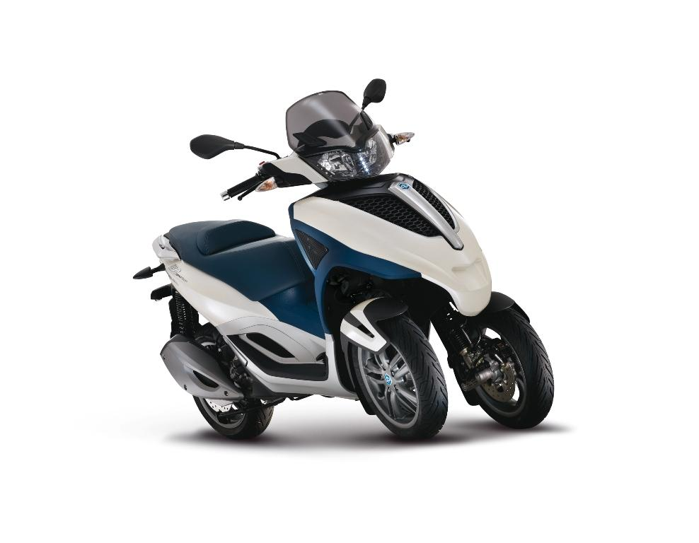 2013 piaggio mp3 300 lt yourban review top speed. Black Bedroom Furniture Sets. Home Design Ideas