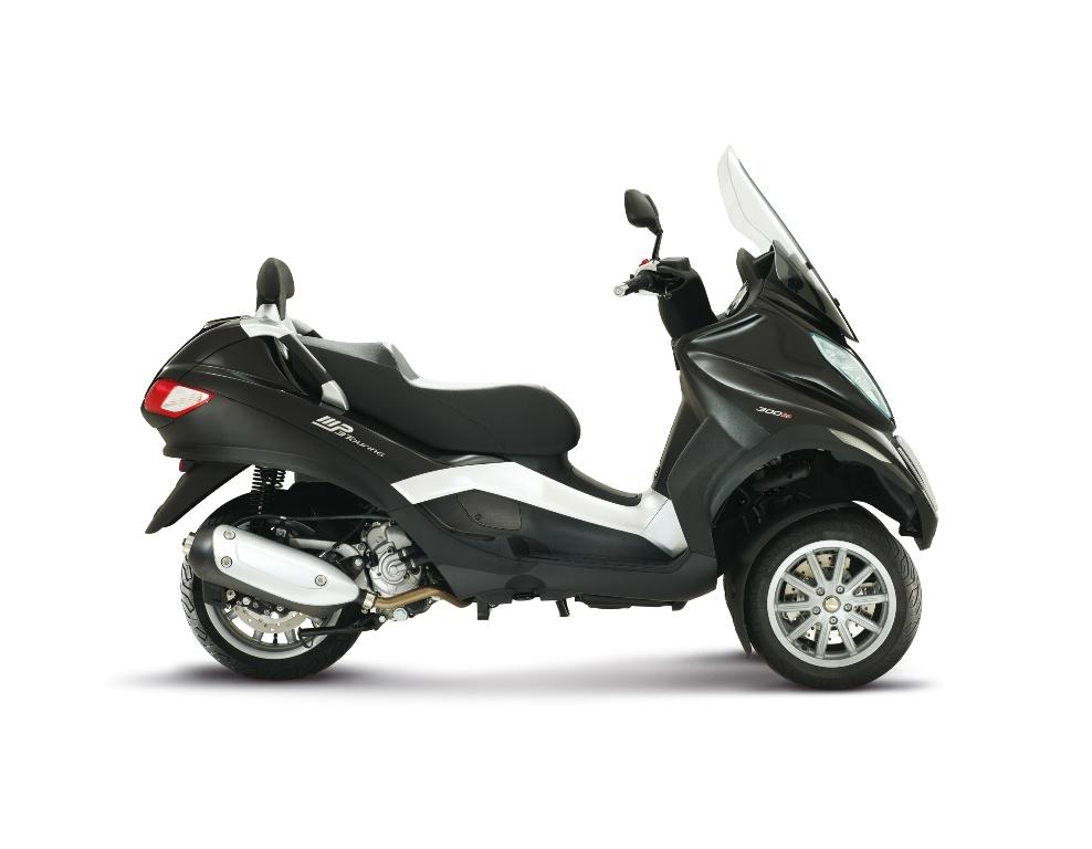 2013 piaggio mp3 business lt 300ie review top speed. Black Bedroom Furniture Sets. Home Design Ideas