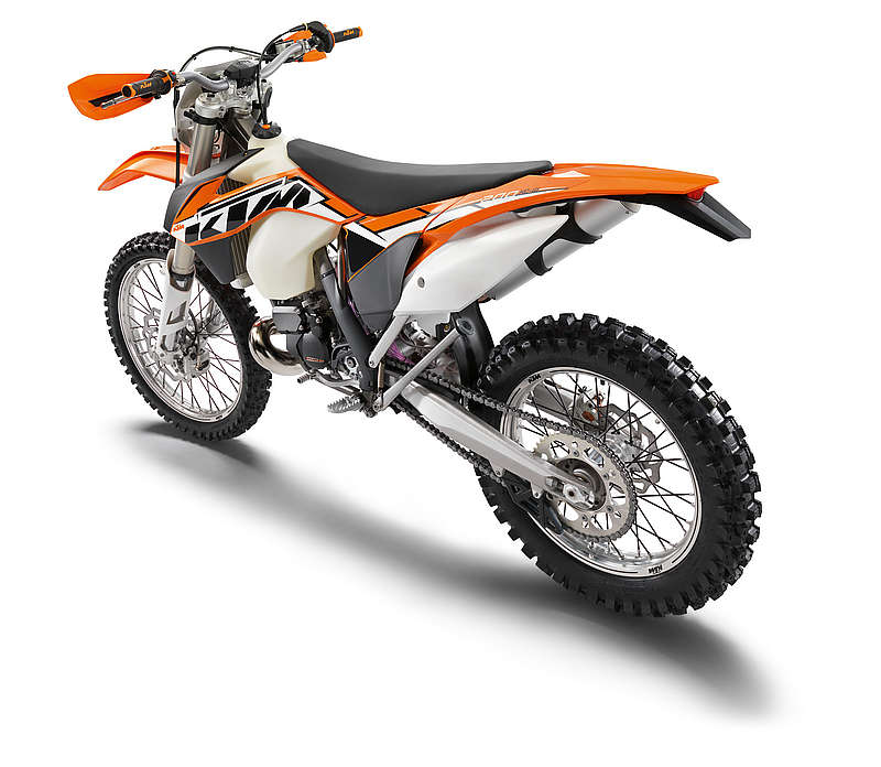 Motorcycle Review Top Speed: 2013 KTM 200 XC-W Review