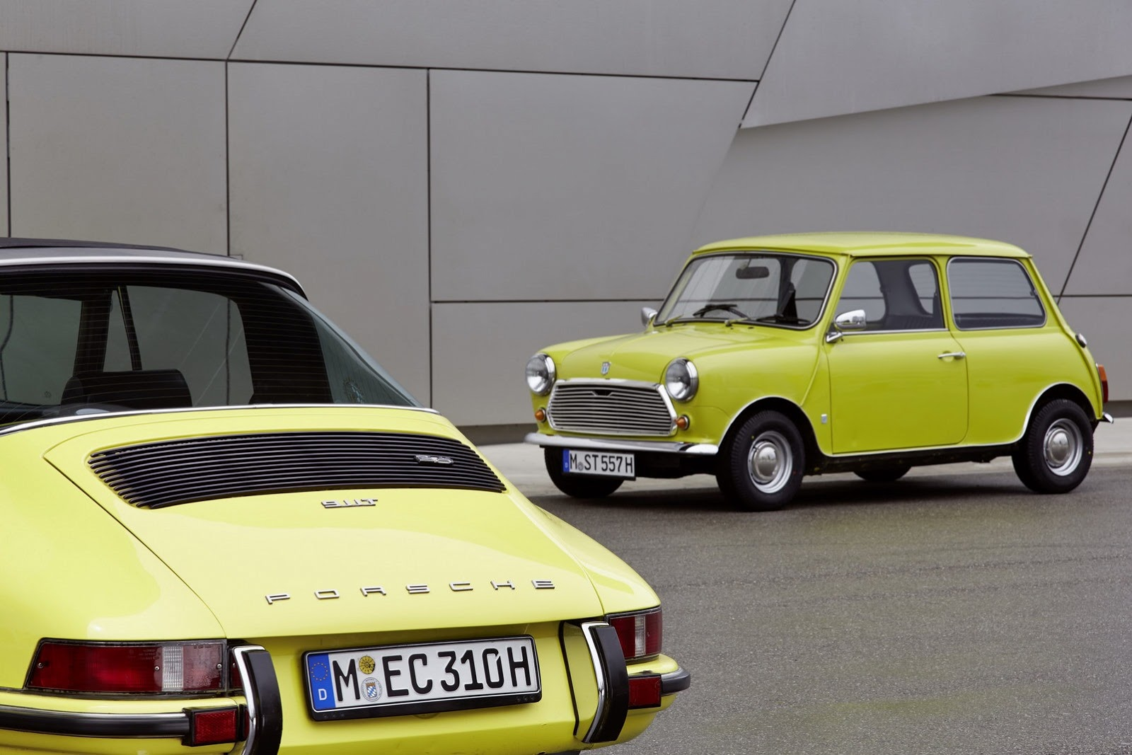 MINI Sends Birthday Wishes To Porscheu0027s 911 Sports Car With Awesome Photo  Shoot | Top Speed. »