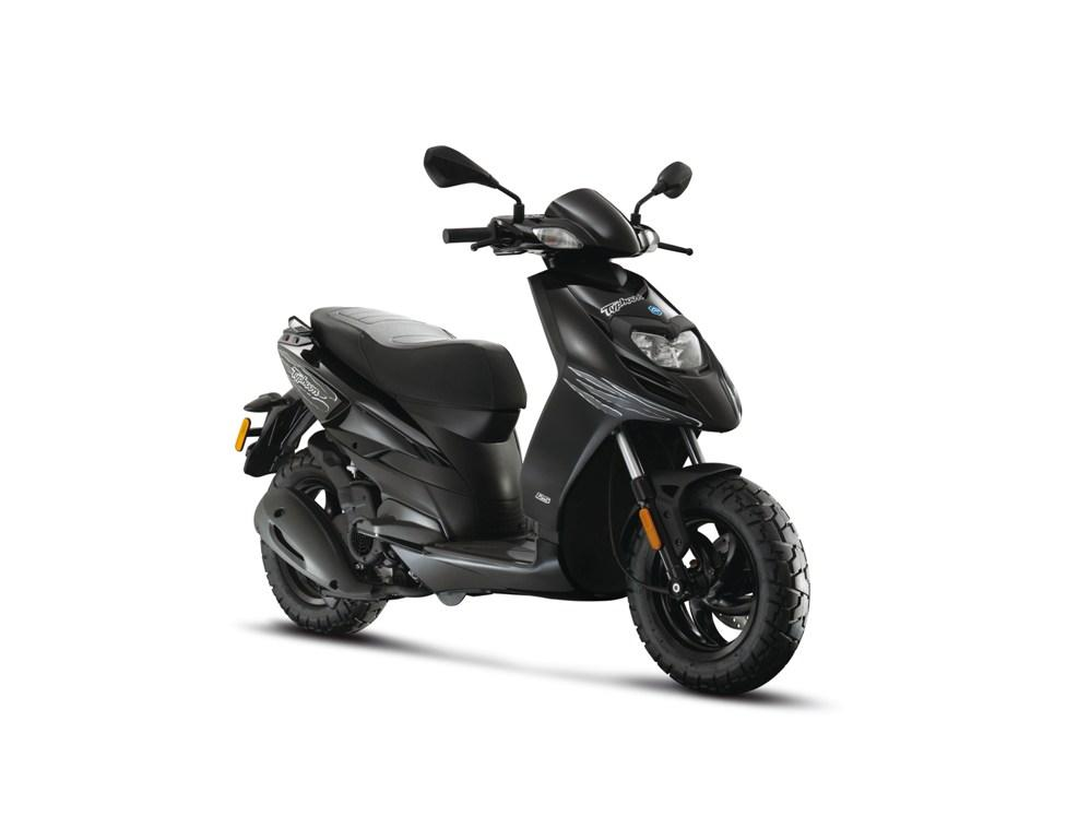 2013 piaggio typhoon 50 review top speed. Black Bedroom Furniture Sets. Home Design Ideas