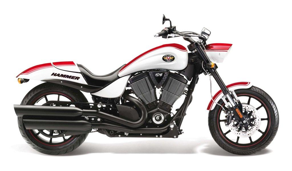 2013 Victory Hammer S Review - Top Speed