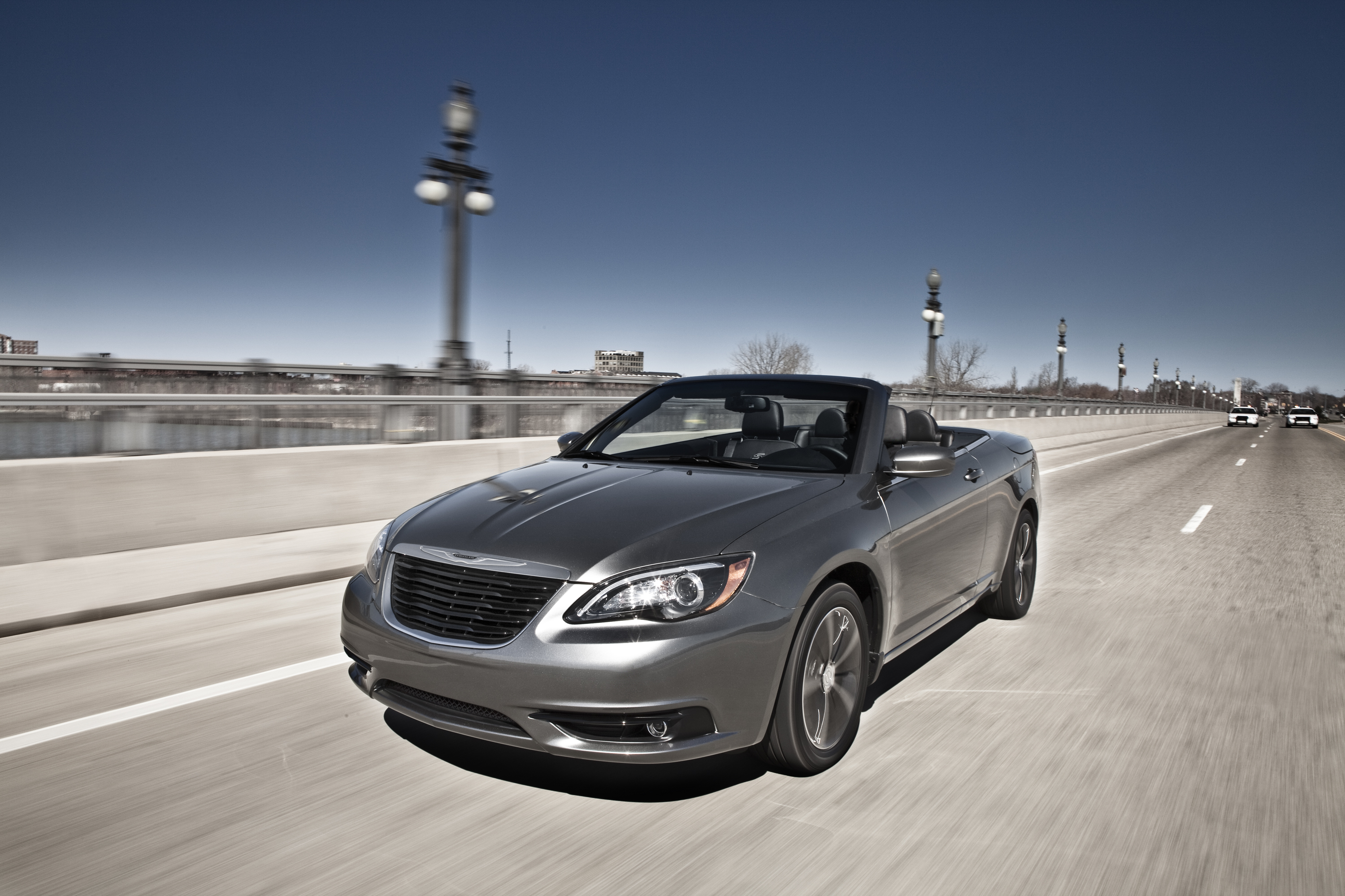 convertible review youtube watch chrysler hardtop s
