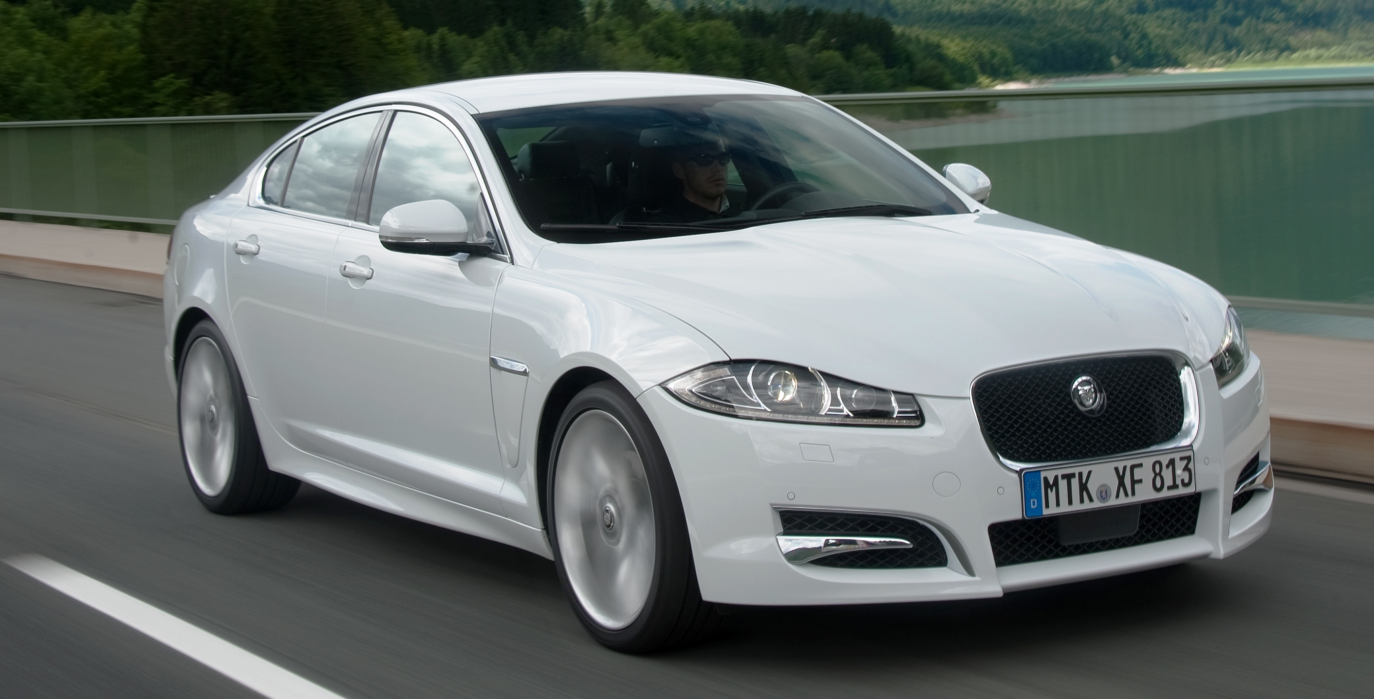 gve pre vehicles supercharged luxury r xf owned jaguar s london