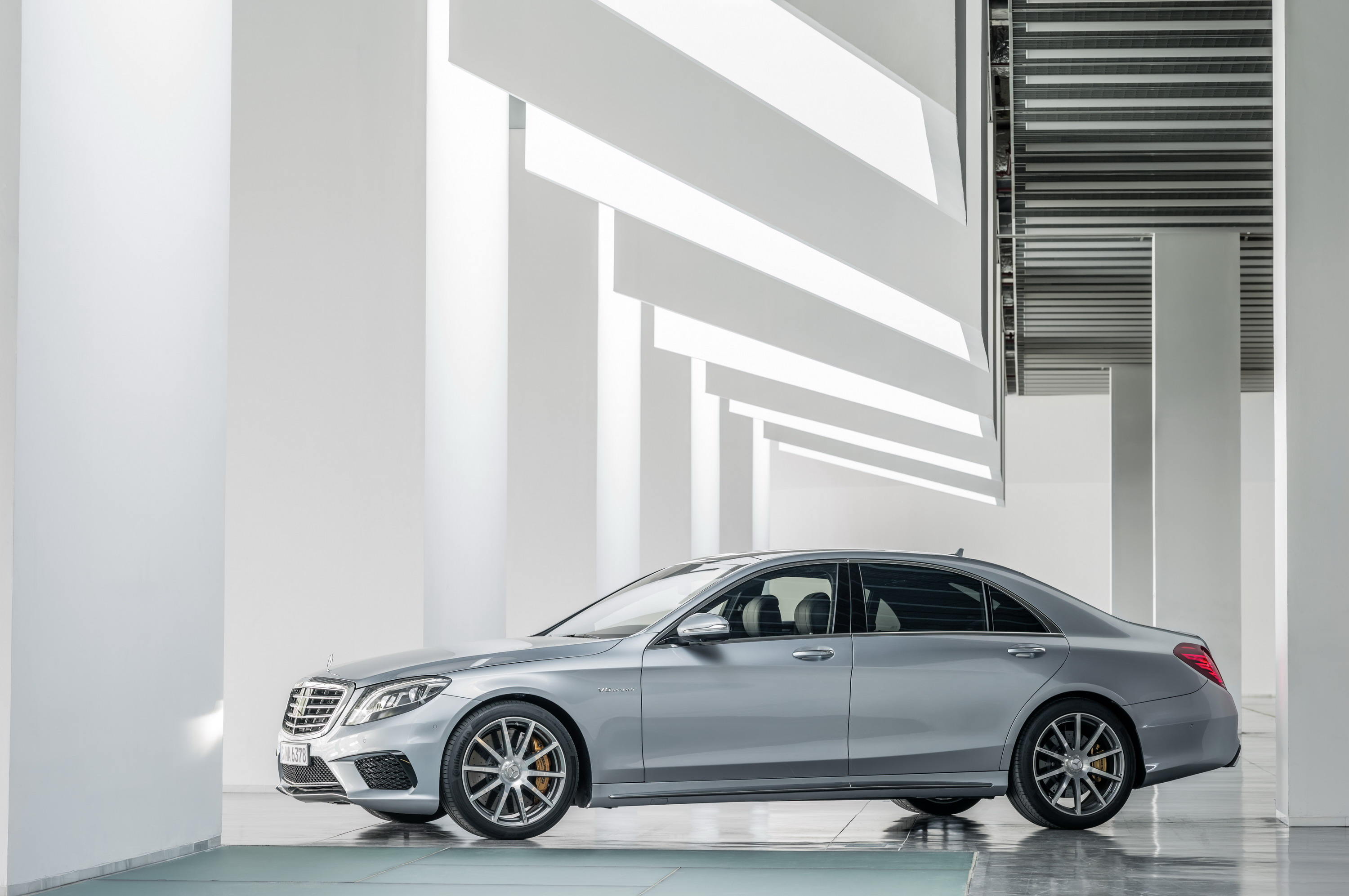 2014 Mercedes Benz S63 AMG 4MATIC | Top Speed. »