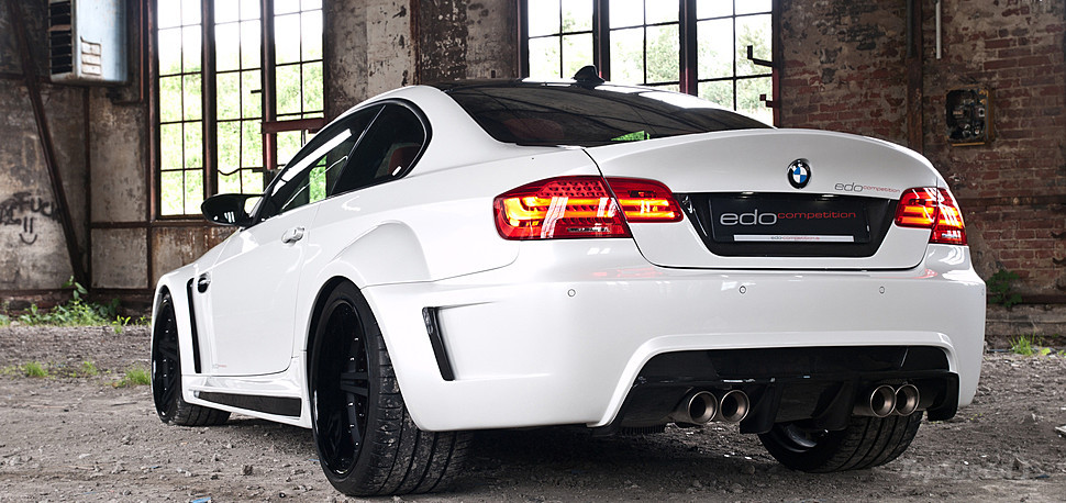 http://pictures.topspeed.com/IMG/jpg/201307/bmw-m3-wide-bodykit--20w.jpg
