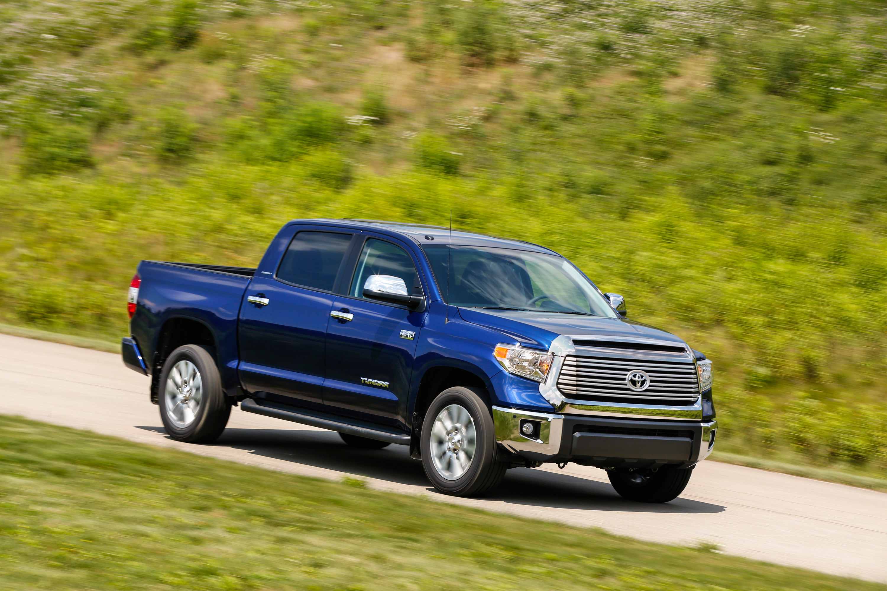 Toyota Tundra Lands In The Cross Hairs Overhaul Imminent Top Speed