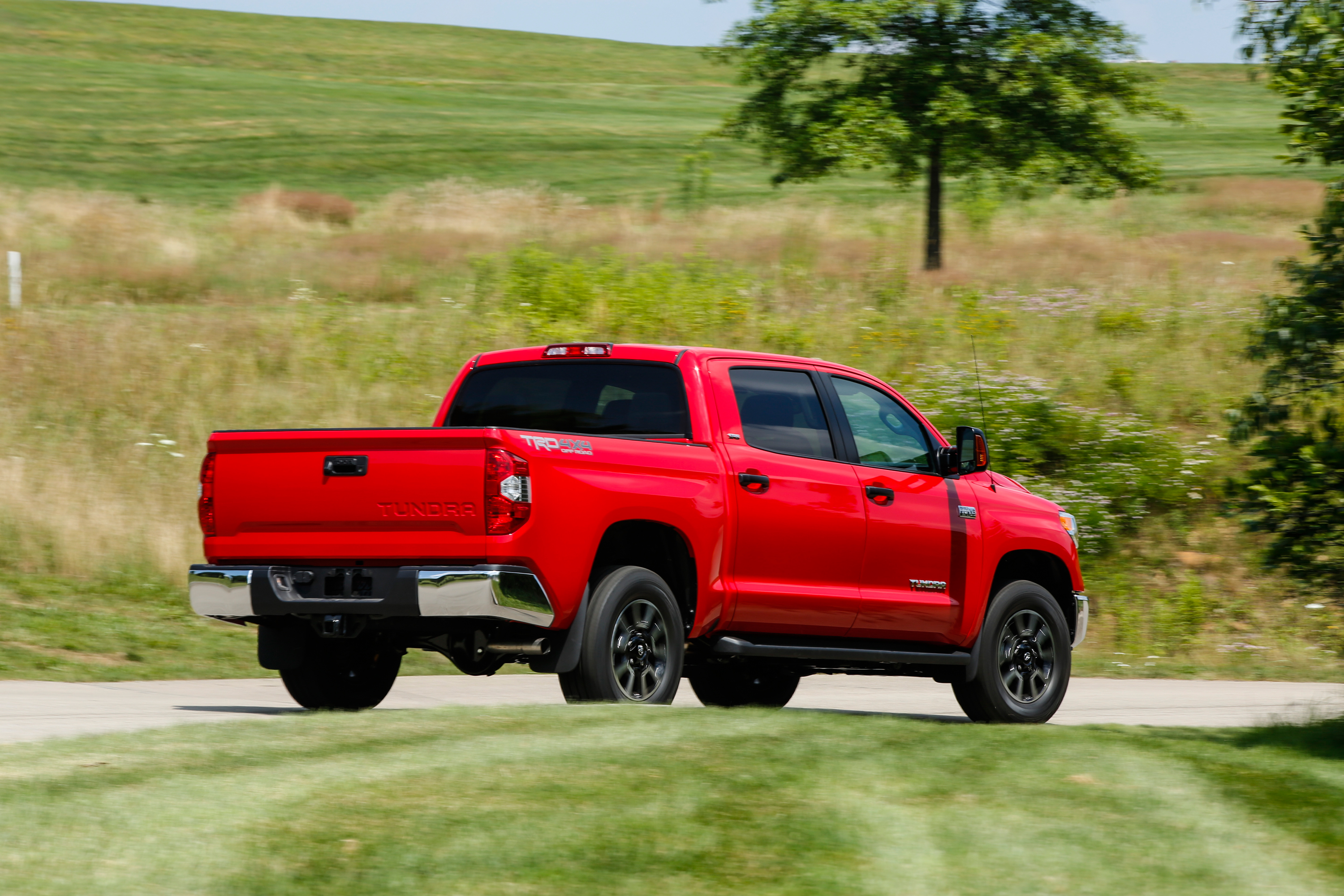 2014 Toyota Tundra | Top Speed. »