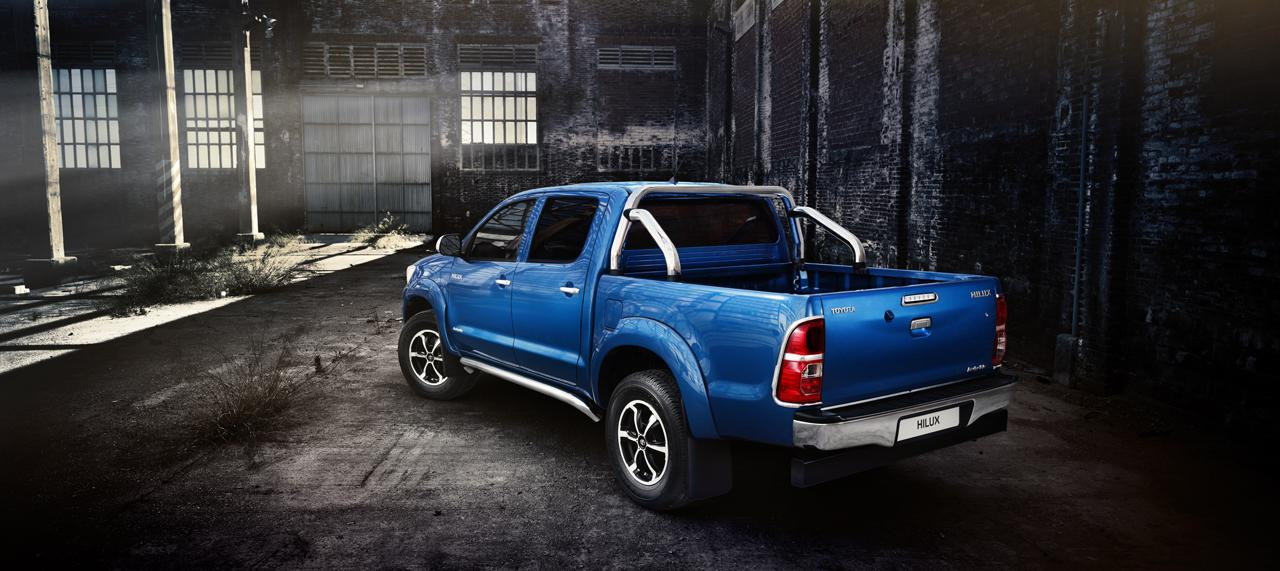 2013 Toyota Hilux Invincible Top Speed