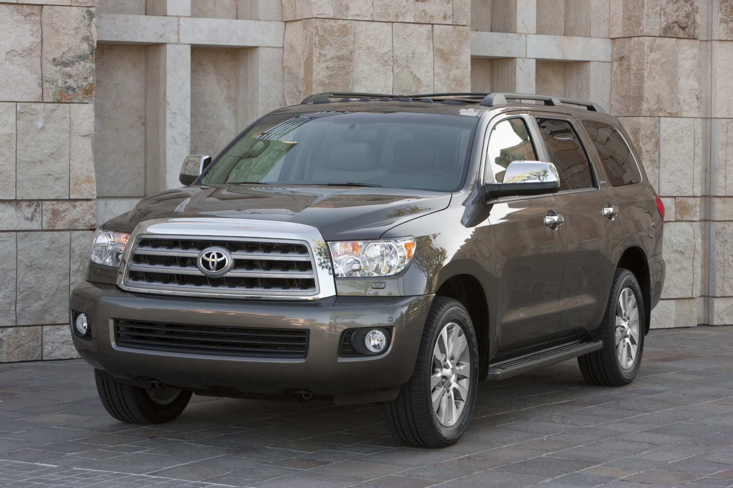 2013 toyota sequoia review top speed. Black Bedroom Furniture Sets. Home Design Ideas