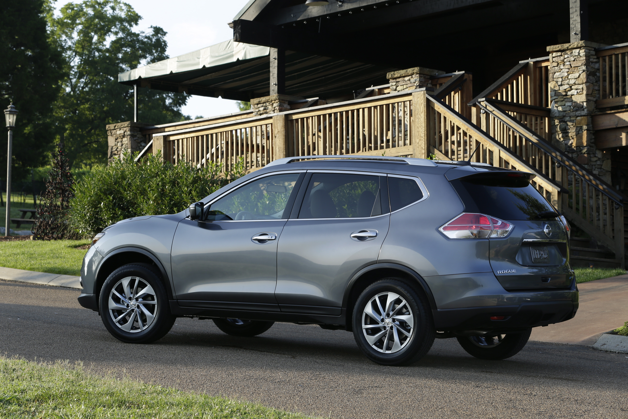 more video rogue auto ratings roadshow price nissan awd review photos sl specs