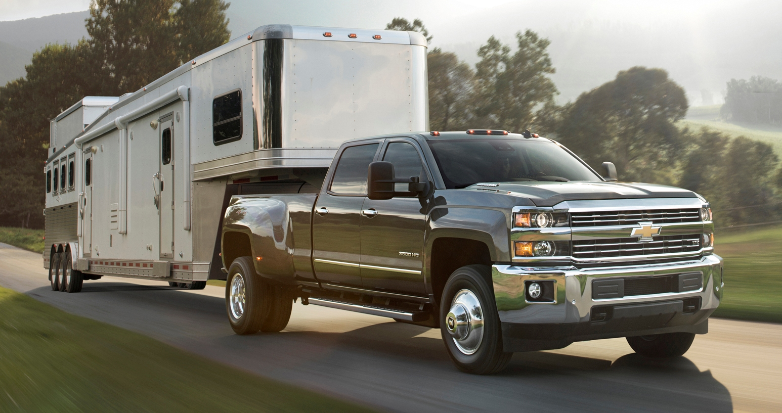 All Chevy chevy 2500 towing capacity chart : 2015 Ram Heavy Duty Review - Top Speed