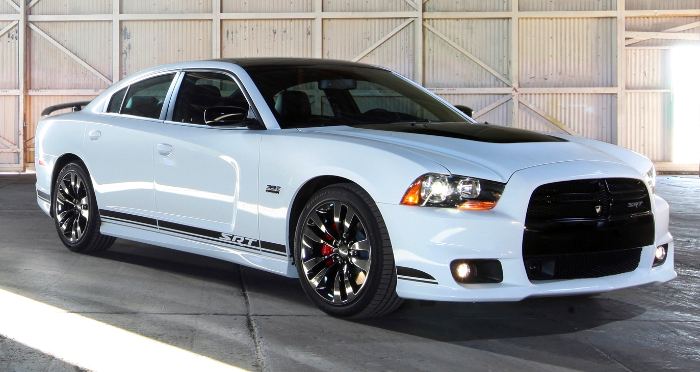 2014 Dodge Charger SRT | Top Speed