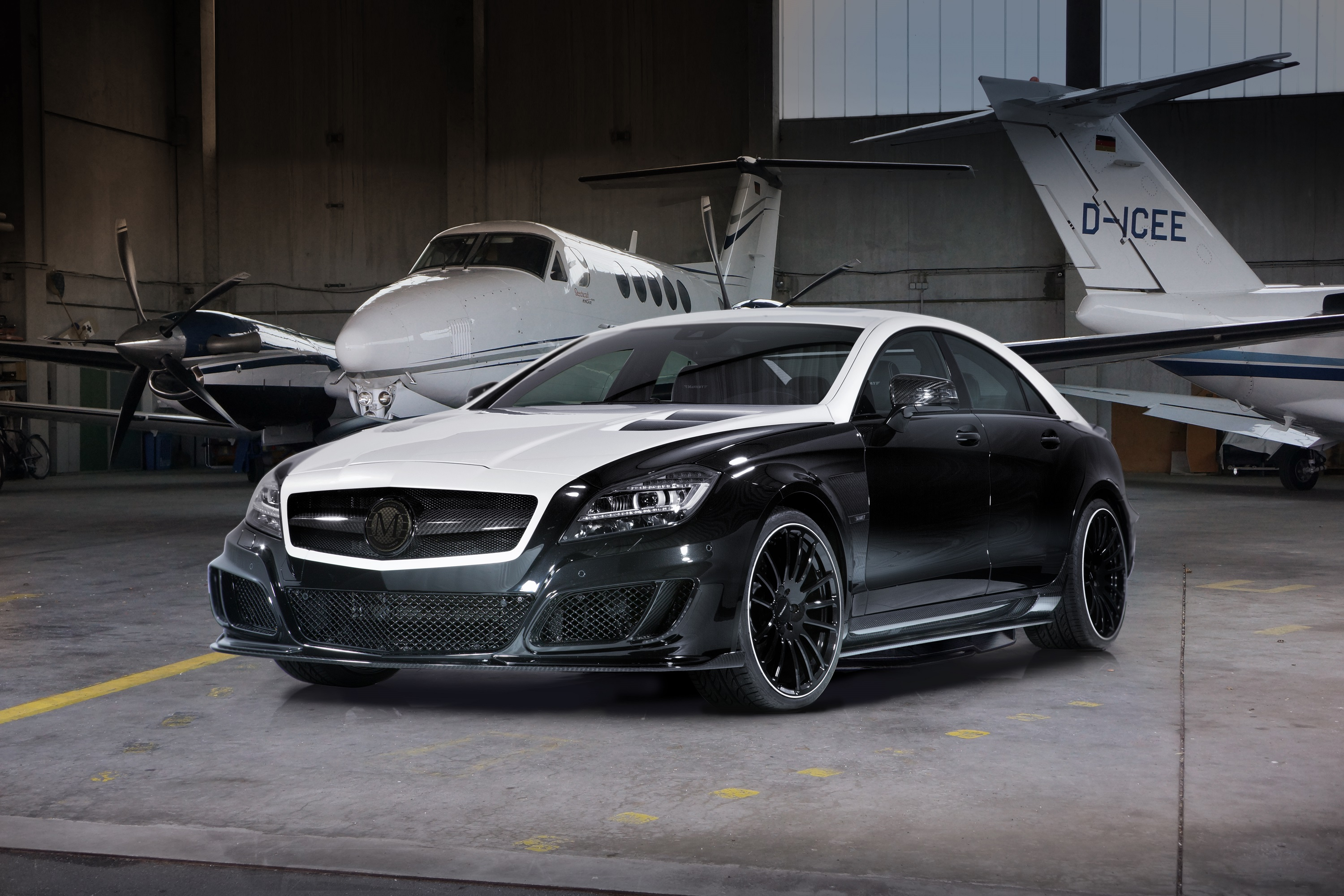 2013 mercedes benz cls 63 amg by mansory top speed. Black Bedroom Furniture Sets. Home Design Ideas