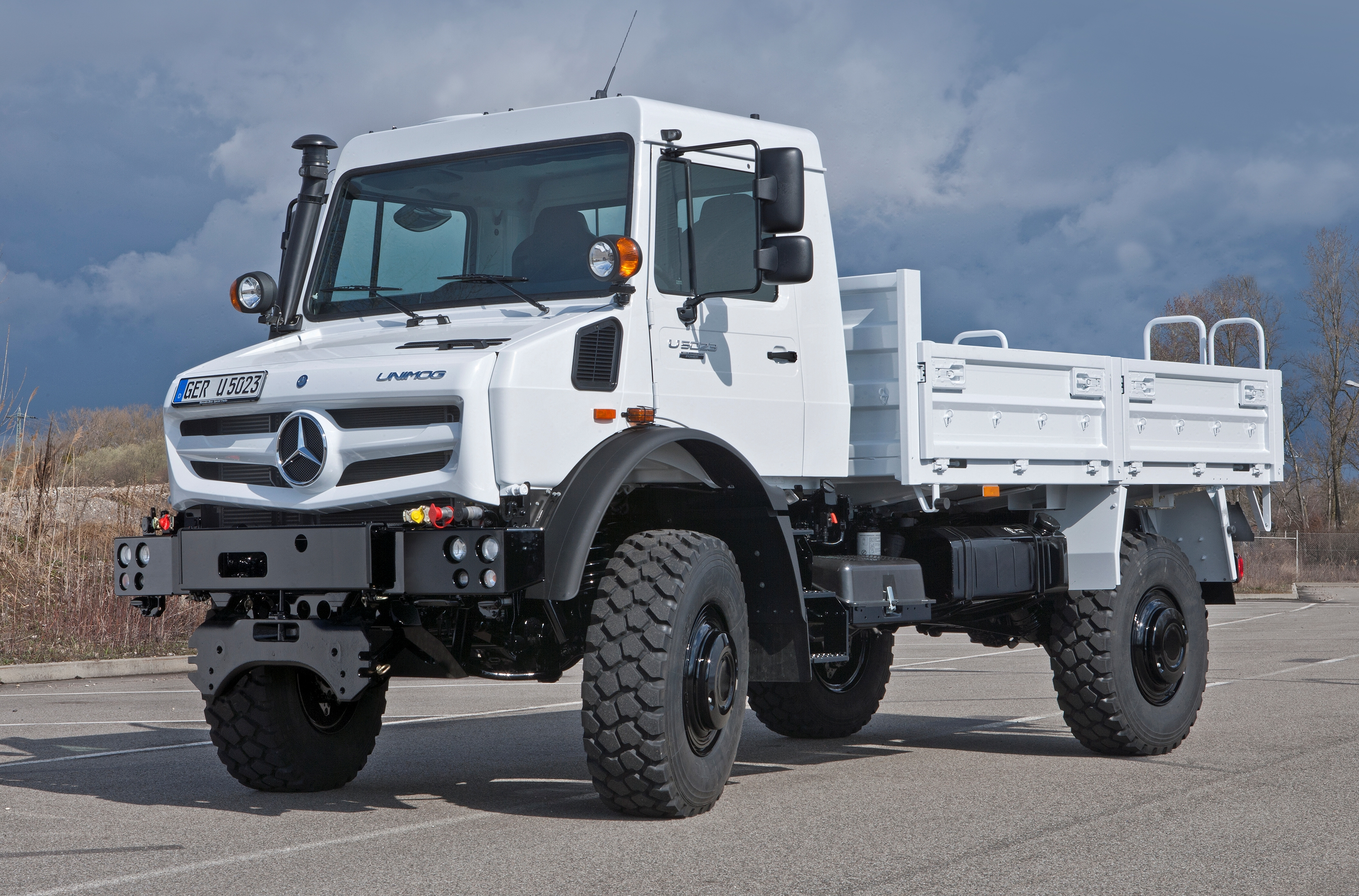 Mercedes Benz Unimog >> Mercedes Unimog Latest News Reviews Specifications