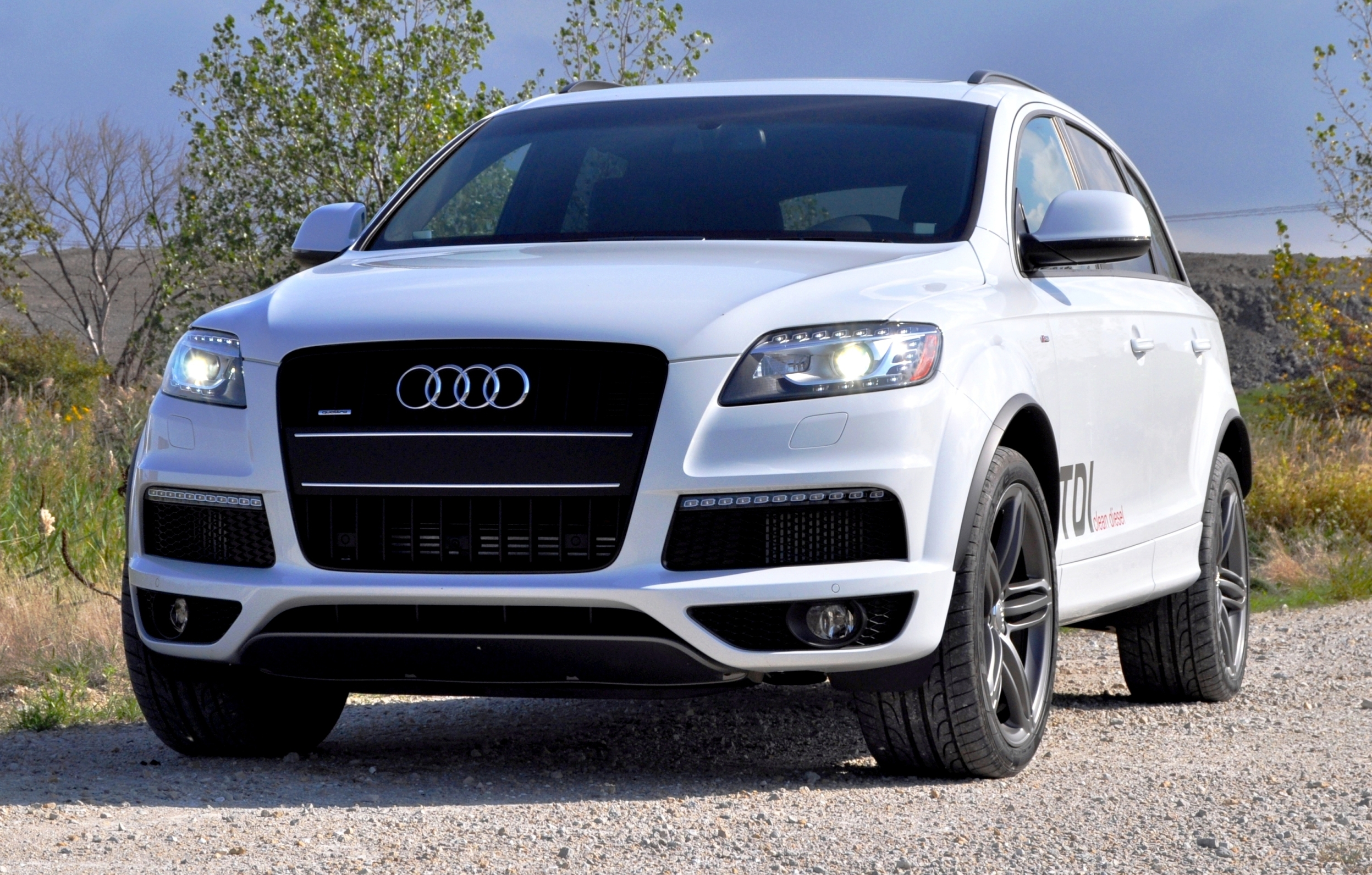 2014 audi q7 tdi s line driven gallery 527871 top speed. Black Bedroom Furniture Sets. Home Design Ideas