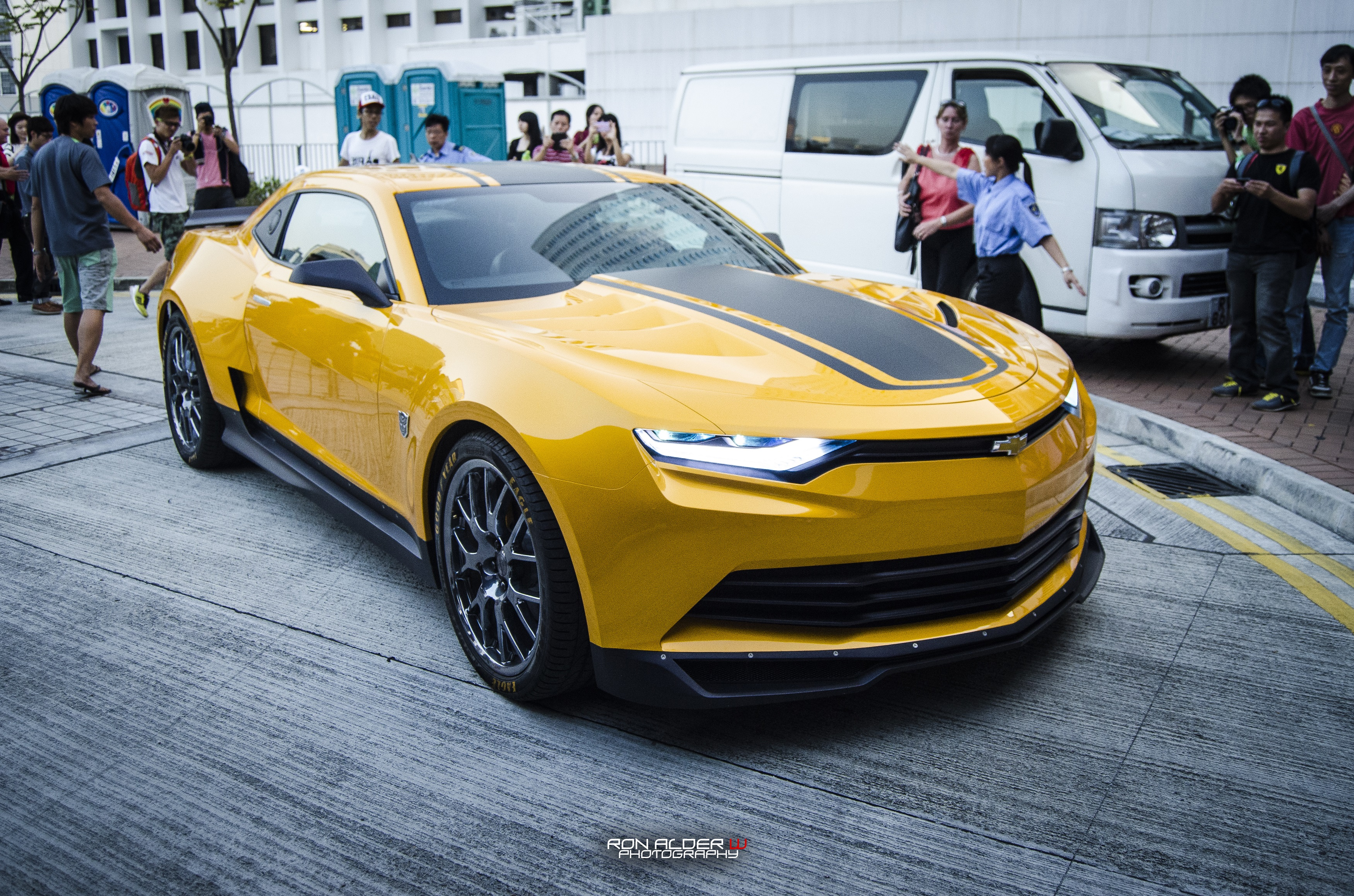2014 chevrolet transformers 4 bumblebee camaro gallery 529621 top speed. Black Bedroom Furniture Sets. Home Design Ideas