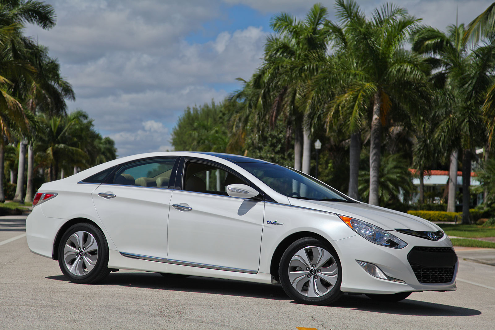 2013 hyundai sonata hybrid limited review top speed. Black Bedroom Furniture Sets. Home Design Ideas