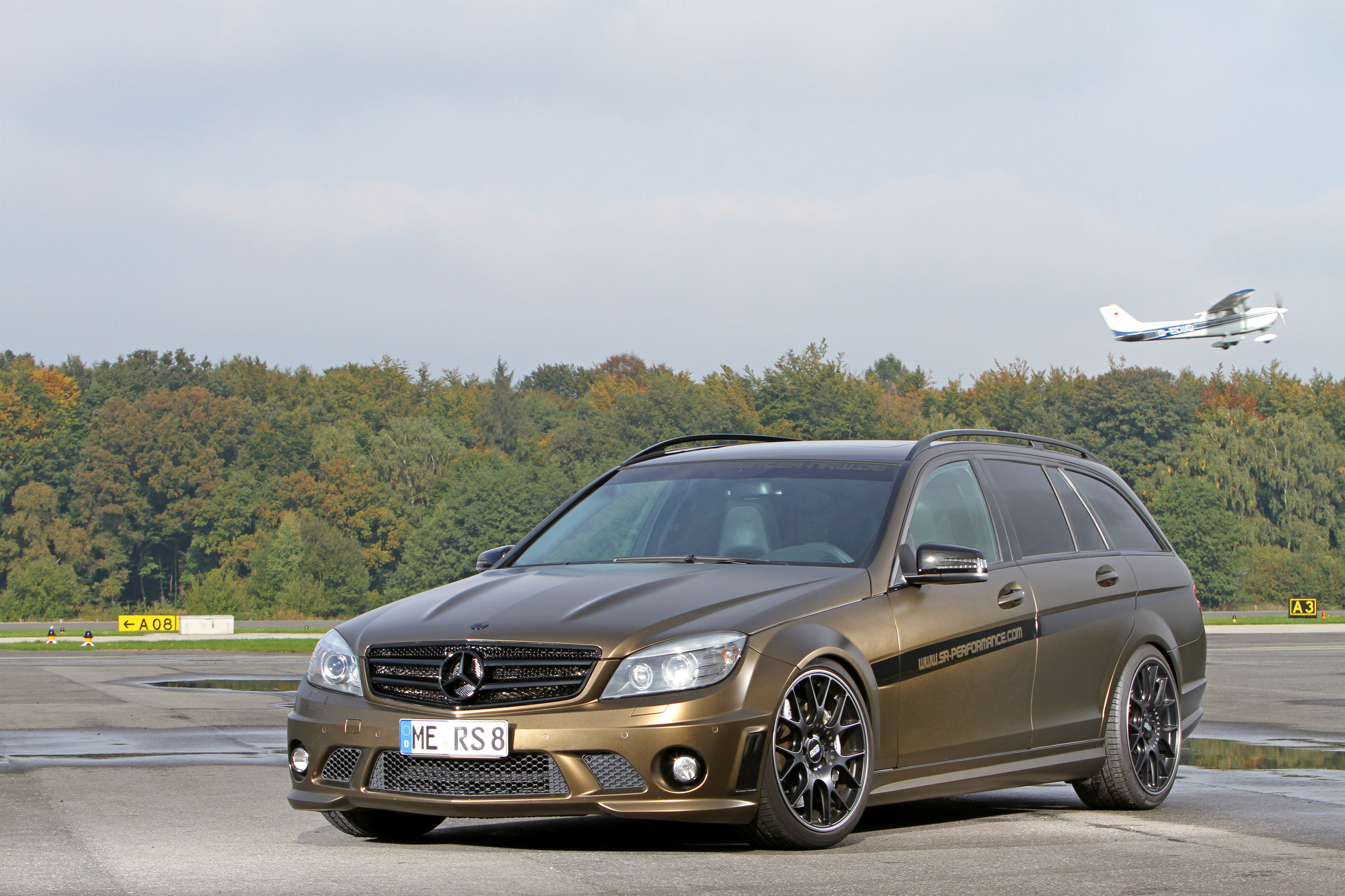 2013 mercedes benz c63 amg by foliencenter nrw top speed. Black Bedroom Furniture Sets. Home Design Ideas