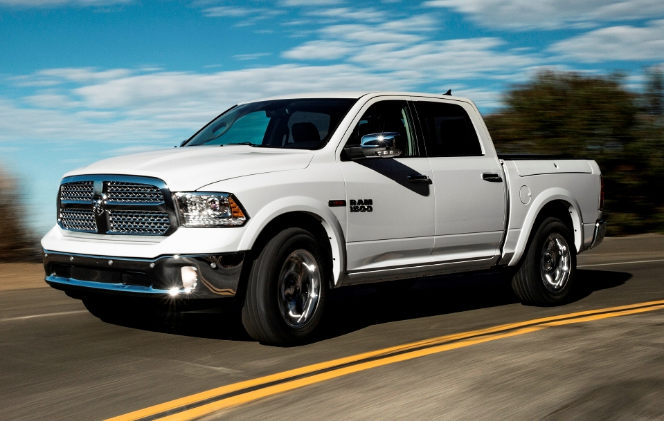 2014 ram 1500 ecodiesel driven review top speed. Black Bedroom Furniture Sets. Home Design Ideas