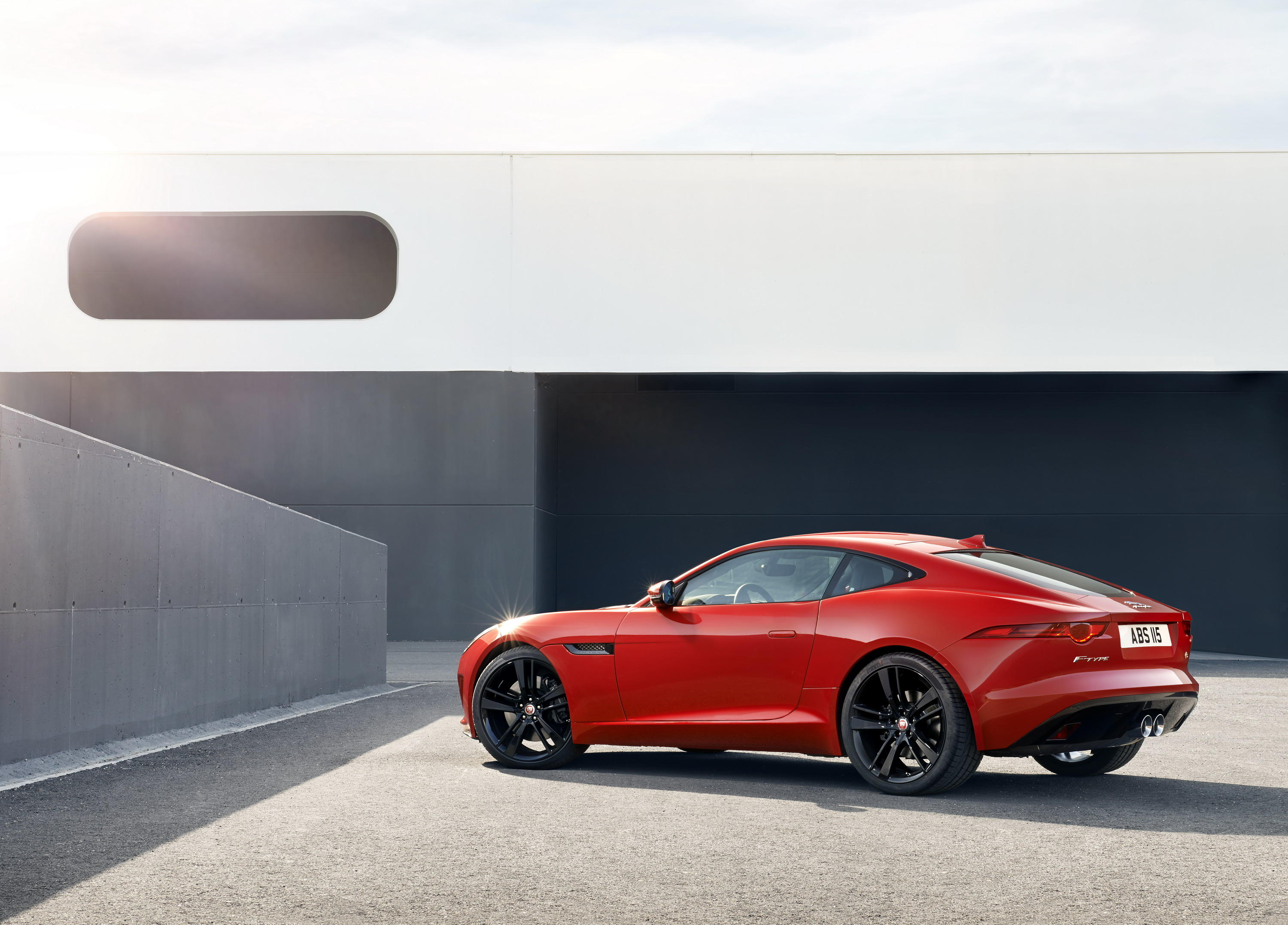 F Type Coupe >> 2014 Jaguar F Type Coupe Pictures Photos Wallpapers Top Speed