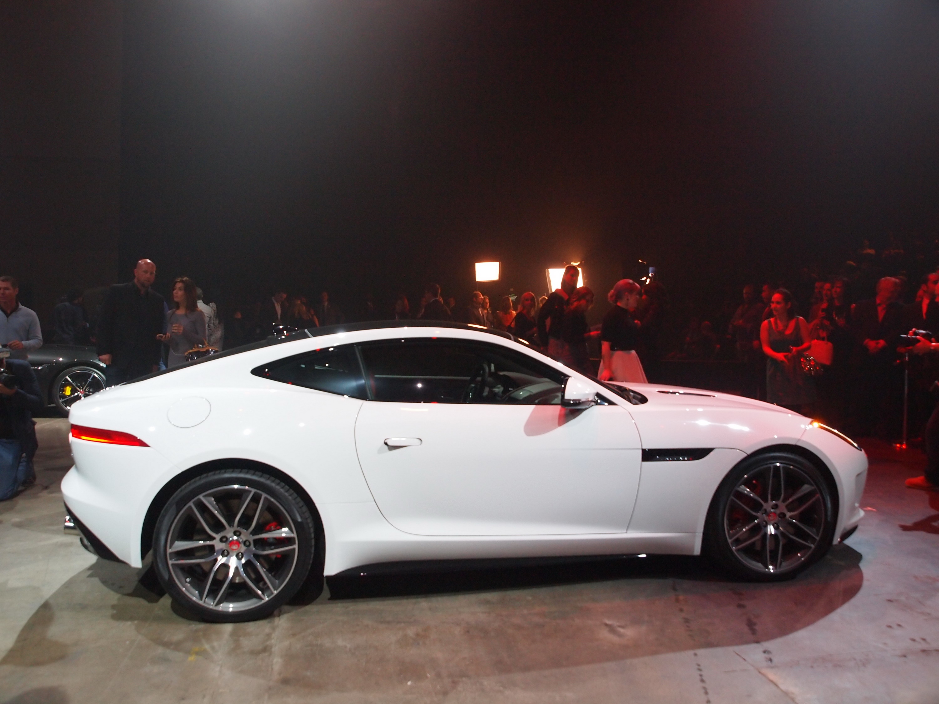 2014 Jaguar F Type R Coupe | Top Speed. »