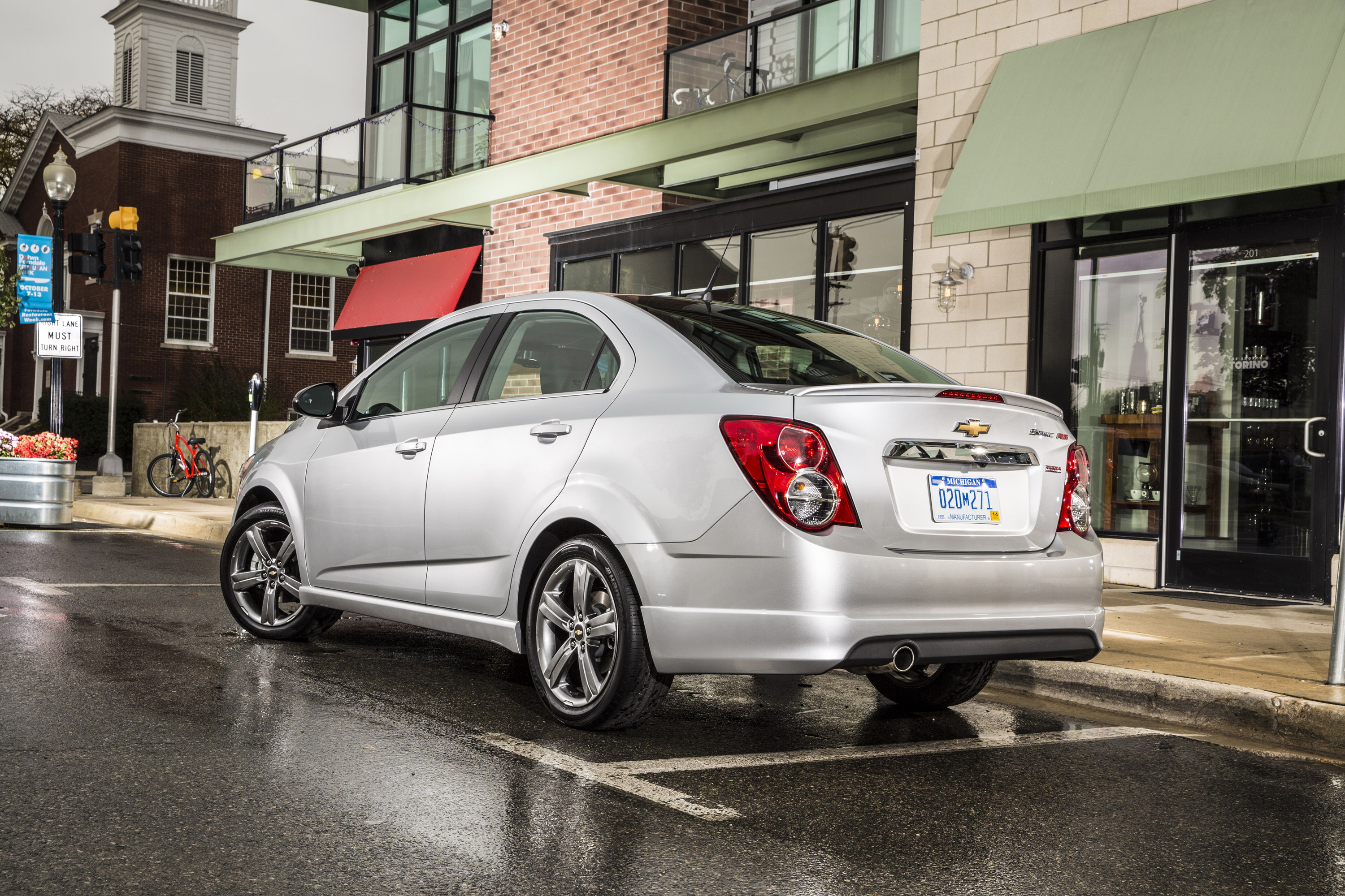 2014 chevrolet sonic rs sedan top speed. Black Bedroom Furniture Sets. Home Design Ideas