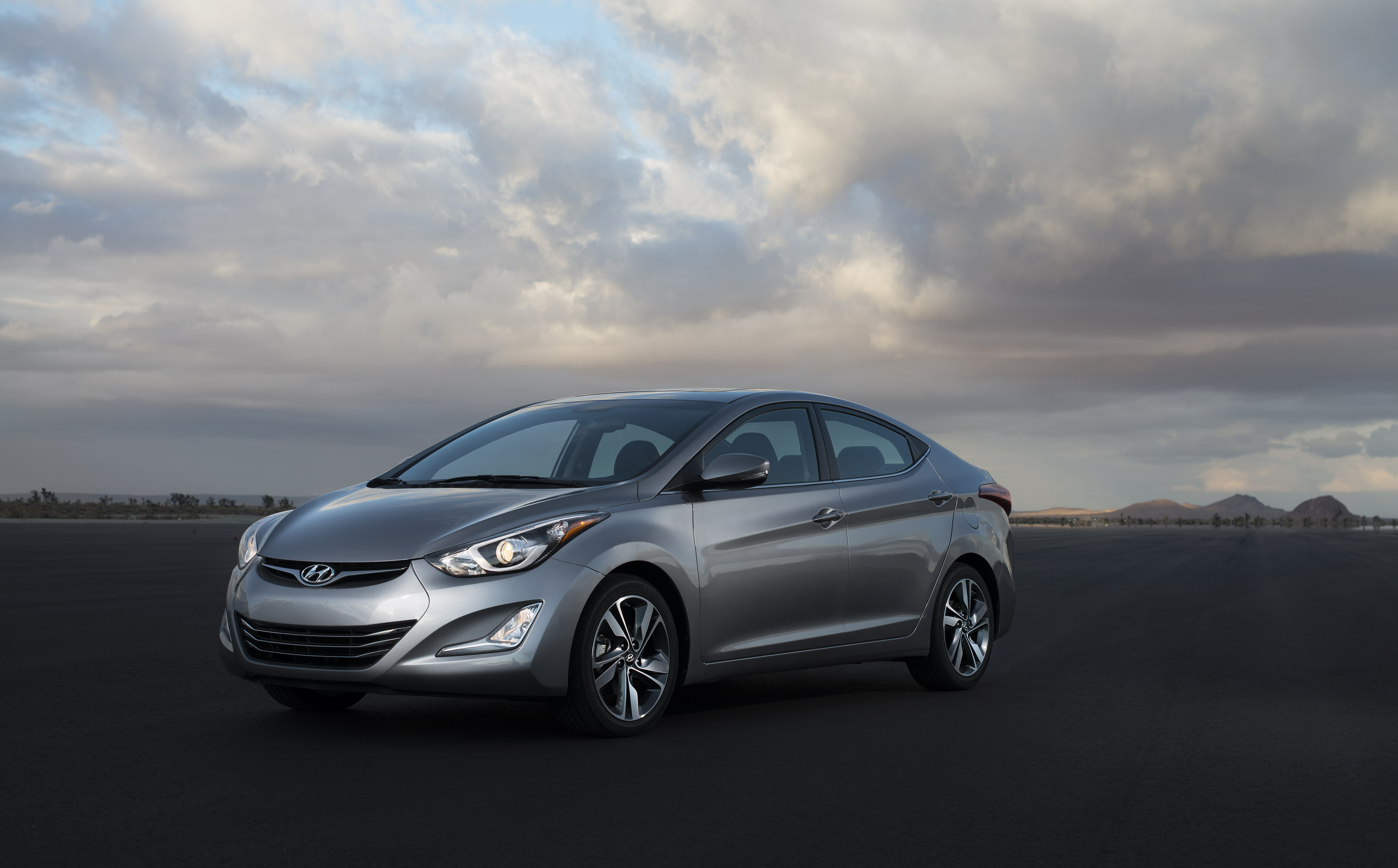 review elantra hyundai top speed cars