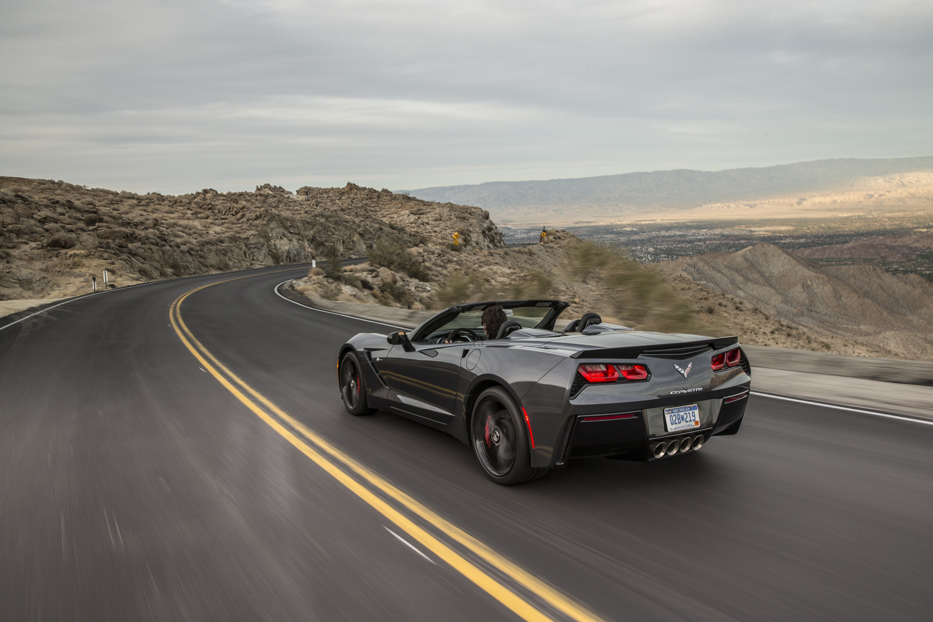 2014 chevrolet corvette stingray convertible review top speed. Cars Review. Best American Auto & Cars Review