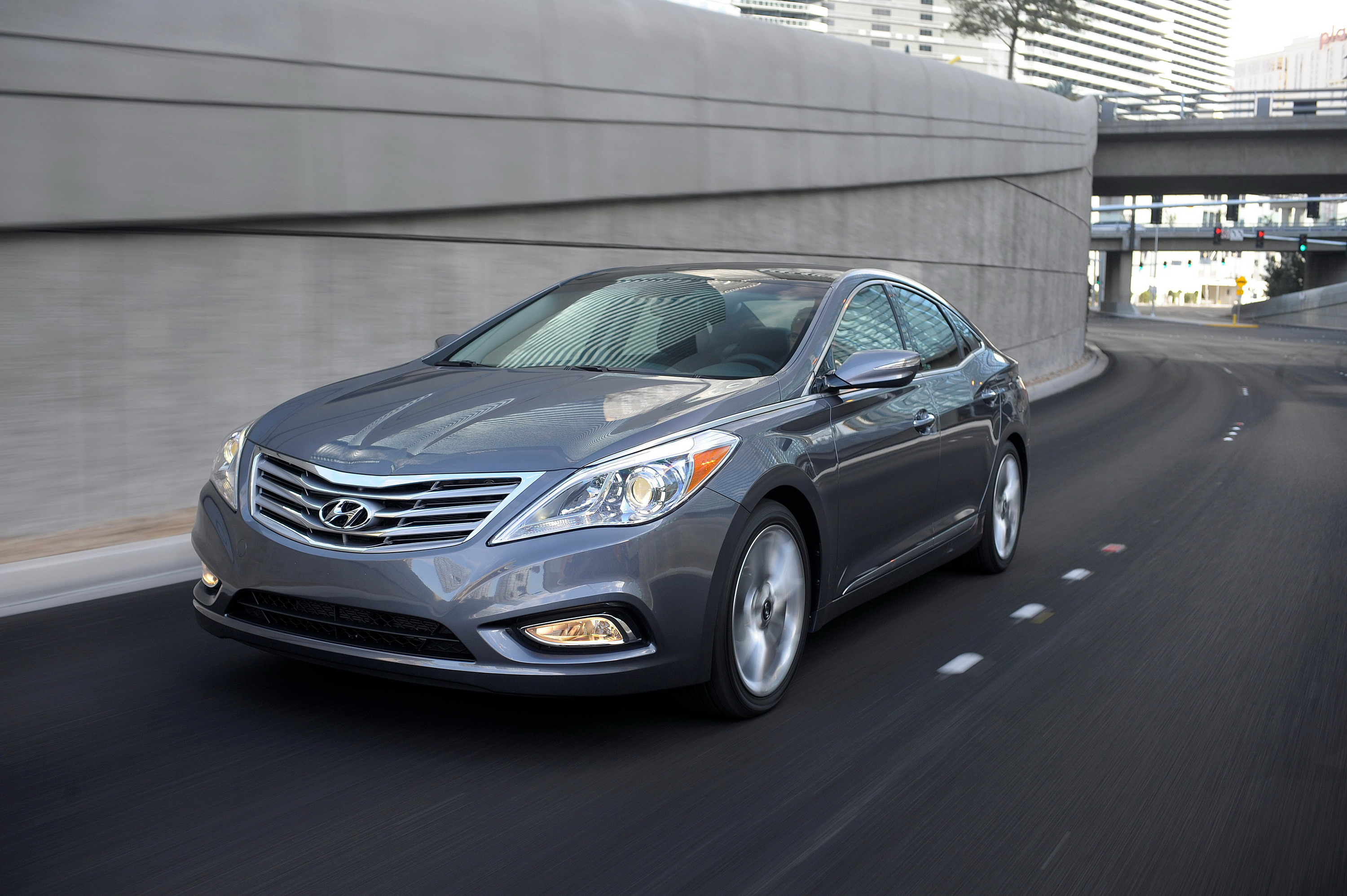 Hyundai azera top speed