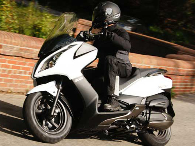 2014 2017 kymco downtown 300i top speed. Black Bedroom Furniture Sets. Home Design Ideas