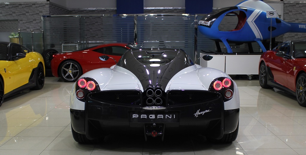 Pagani Huayra Put Up For Sale In Dubai | Top Sd