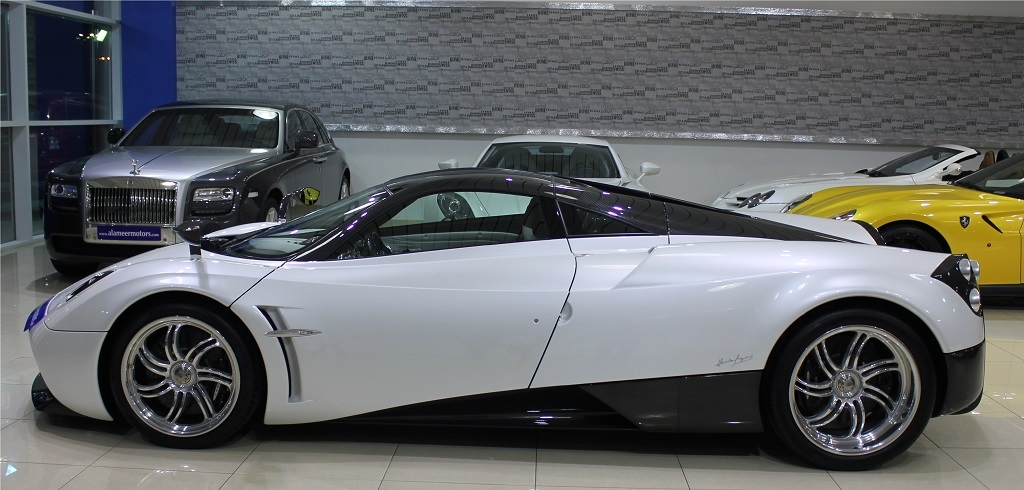 pagani huayra put up for sale in dubai | top speed