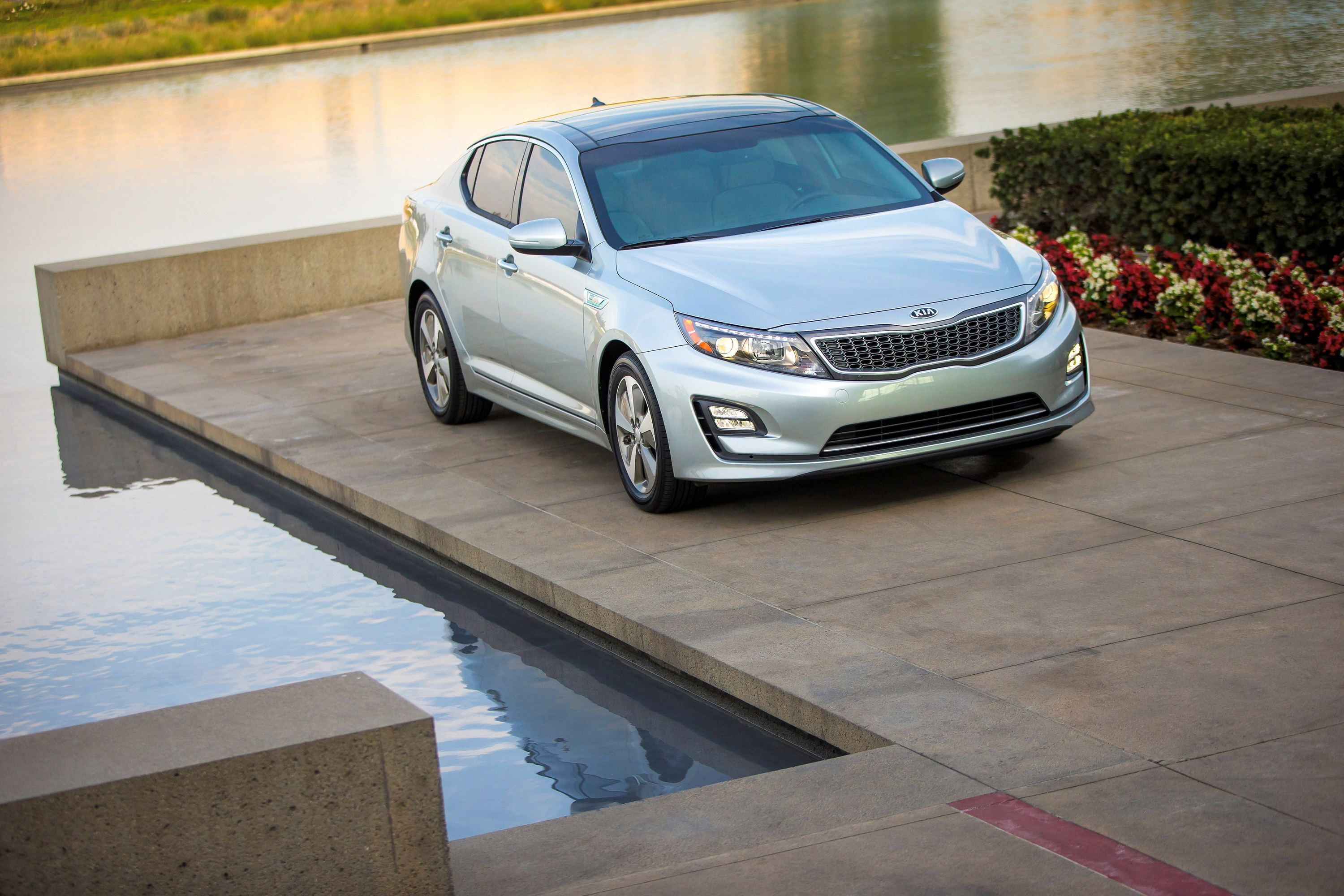 kia help with package find reviewed i premium car the reviews optima content a hybrid