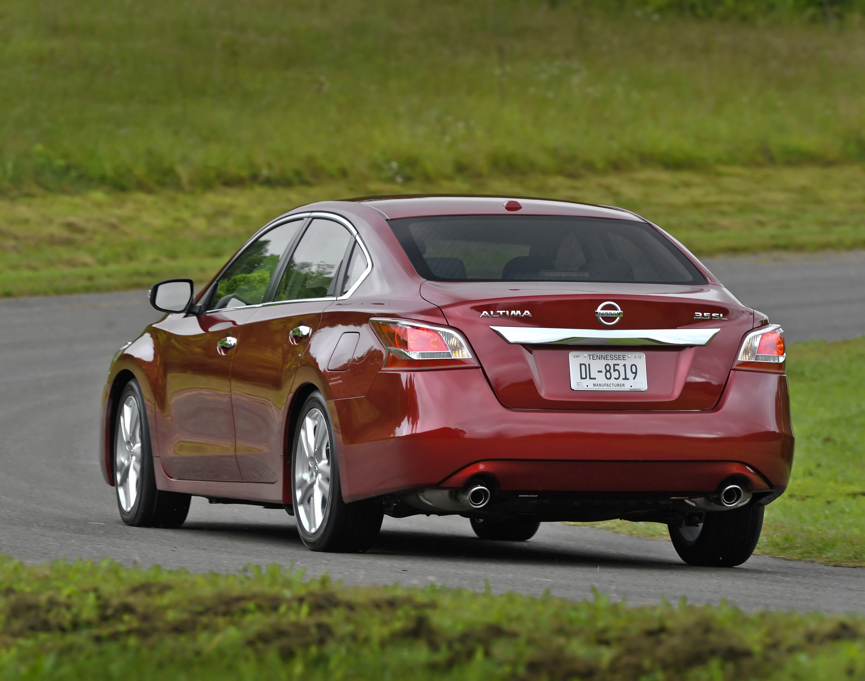 2014 2015 nissan altima review top speed. Black Bedroom Furniture Sets. Home Design Ideas