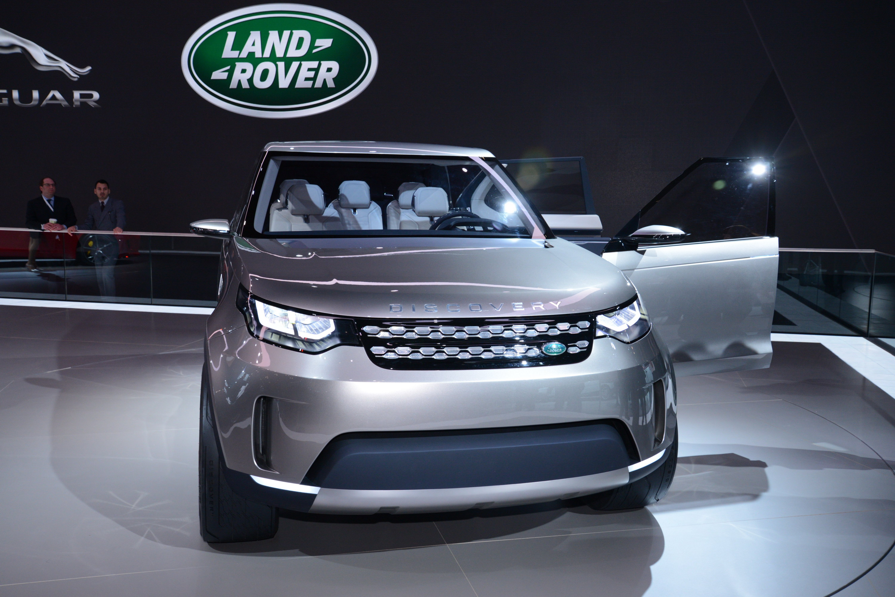 2014 Land Rover Discovery Vision Concept Review - Top Speed